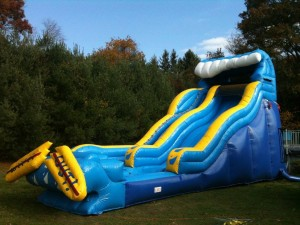 22ft Wipeout Dry Slide